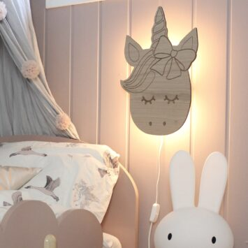 Emma unicorn lamp oak 27